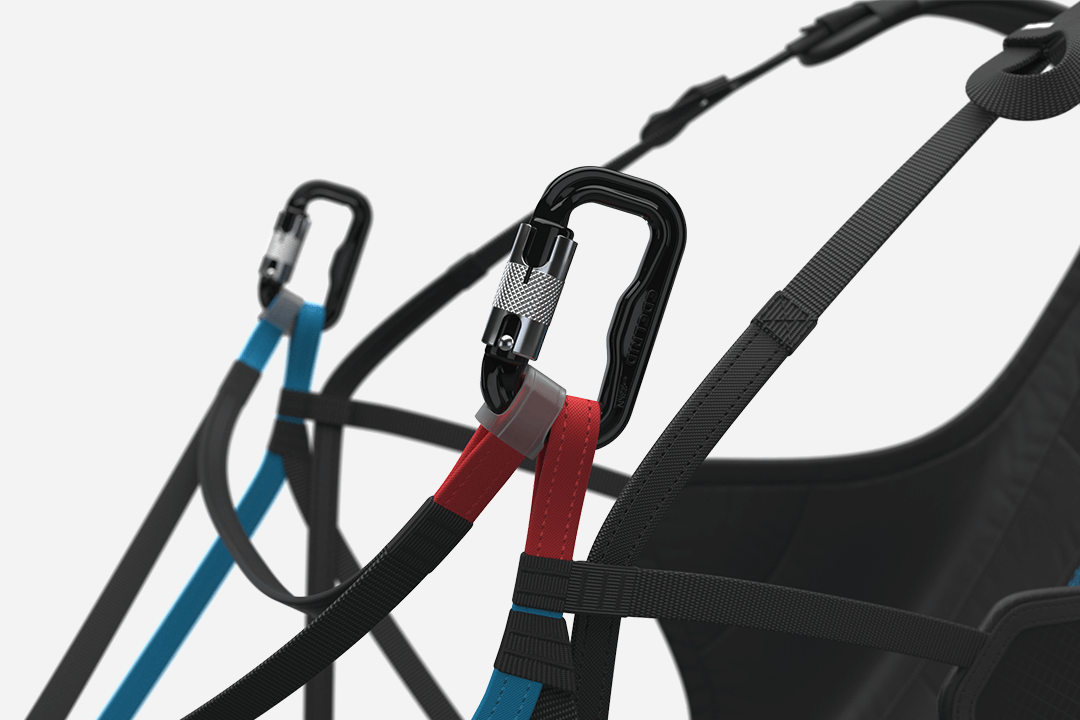 Carabiners front strap setting